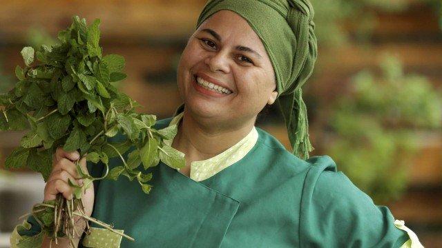 Regina Tchelly, fundadora do projeto carioca &#91;...&#93; </p srcset=